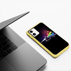 Чехол iPhone 11 матовый Покемоны цвета 3D-желтый — фото 2