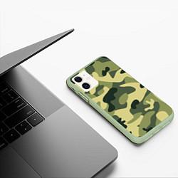 Чехол iPhone 11 матовый Камуфляж: зеленый/хаки цвета 3D-салатовый — фото 2