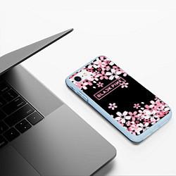 Чехол iPhone 7/8 матовый Black Pink: Pink Sakura цвета 3D-голубой — фото 2