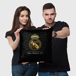 Подушка квадратная FC Real Madrid: Gold Edition цвета 3D-принт — фото 2