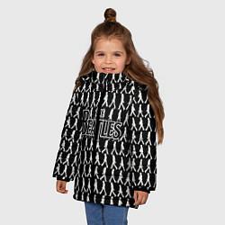 Куртка зимняя для девочки The Beatles цвета 3D-черный — фото 2
