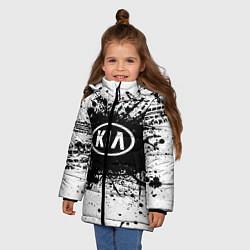 Куртка зимняя для девочки KIA: Black Spray цвета 3D-черный — фото 2