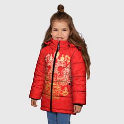 Куртка зимняя для девочки Герб цвета 3D-черный — фото 2