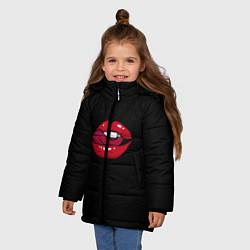 Куртка зимняя для девочки Губы цвета 3D-черный — фото 2