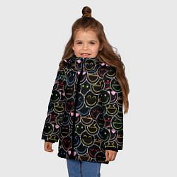 Куртка зимняя для девочки SLAVA MARLOW - Неоновые смайлы цвета 3D-черный — фото 2