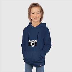 Толстовка детская хлопковая Фотик на шее цвета тёмно-синий — фото 2