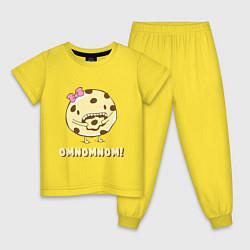Пижама хлопковая детская Cake: Omnomnom! цвета желтый — фото 1