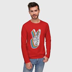 Лонгслив хлопковый мужской PEACE LOVE HOPE Z цвета красный — фото 2