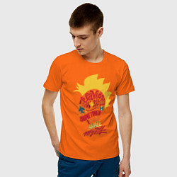 Футболка хлопковая мужская Капитан Марвел цвета оранжевый — фото 2