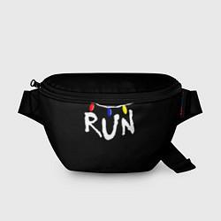 Поясная сумка Stranger Things RUN цвета 3D-принт — фото 1