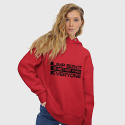 Толстовка оверсайз женская Limp Bizkit: Everyone цвета красный — фото 2