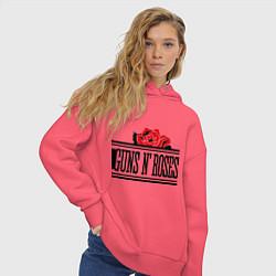 Толстовка оверсайз женская Guns n Roses: rose цвета коралловый — фото 2