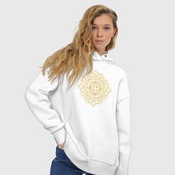 Толстовка оверсайз женская Золотой цветок цвета белый — фото 2