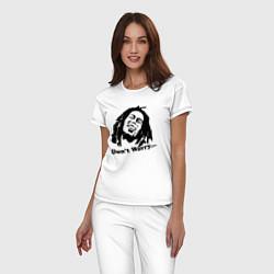 Пижама хлопковая женская Bob Marley: Don't worry цвета белый — фото 2