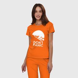 Пижама хлопковая женская Elon: Don't Panic цвета оранжевый — фото 2