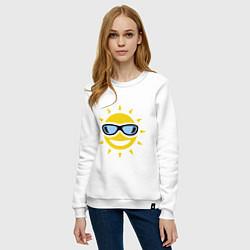 Свитшот хлопковый женский Солнышко в очках цвета белый — фото 2