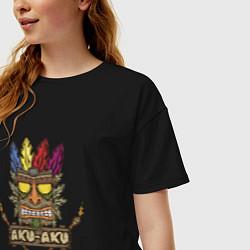Футболка оверсайз женская Aku-Aku (Crash Bandicoot) цвета черный — фото 2