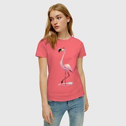 Футболка хлопковая женская Гордый фламинго цвета коралловый — фото 2